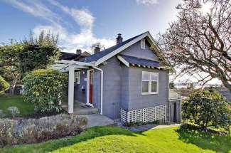 7015 39th Ave SW